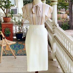 Vintage JC Penney Cream Never Iron Pencil Skirt
